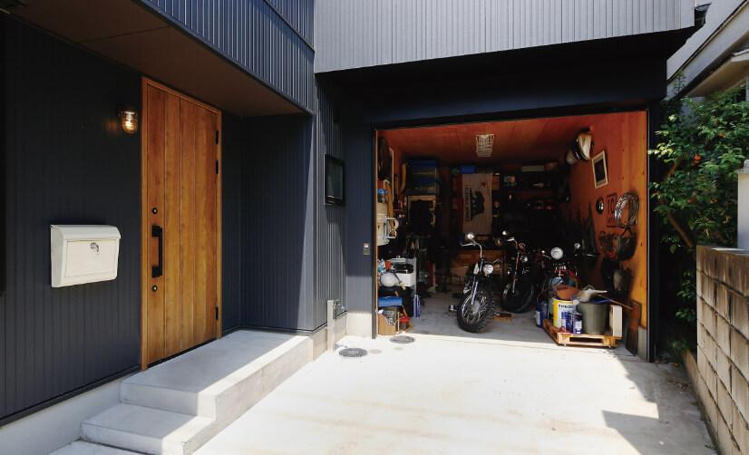 趣味のバイクの整備を楽しめるヴィンテージガレージ