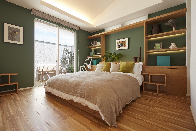 「ザ・コンランショップ」とコラボしたインテリアが印象的なベッドルーム。